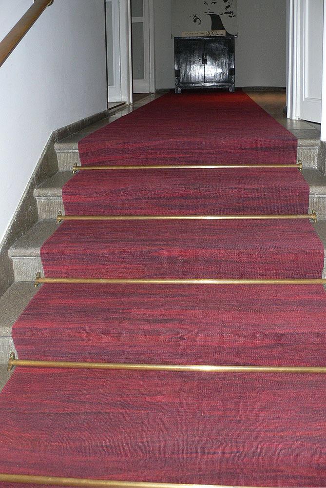 Treppe-Kelimlaufer-rot