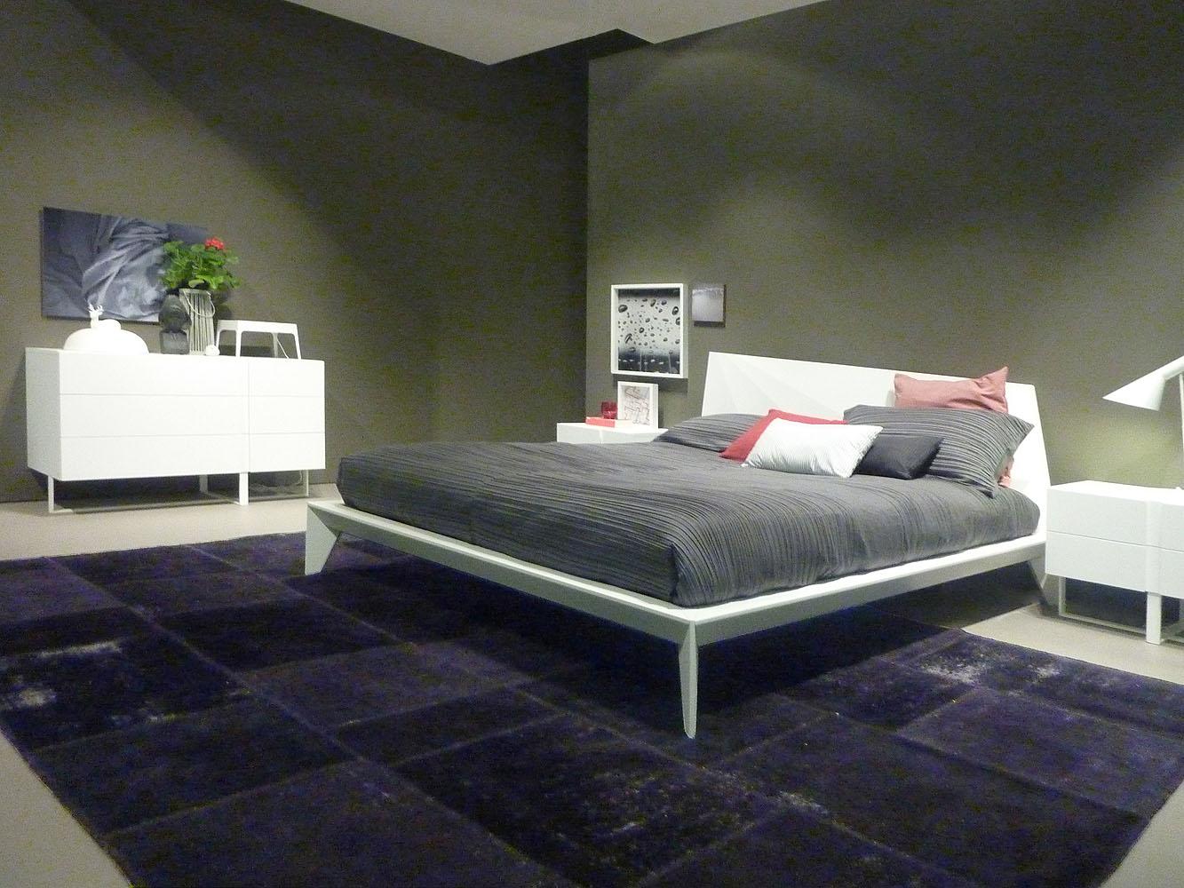 Teppich-unter-Bett.jpg